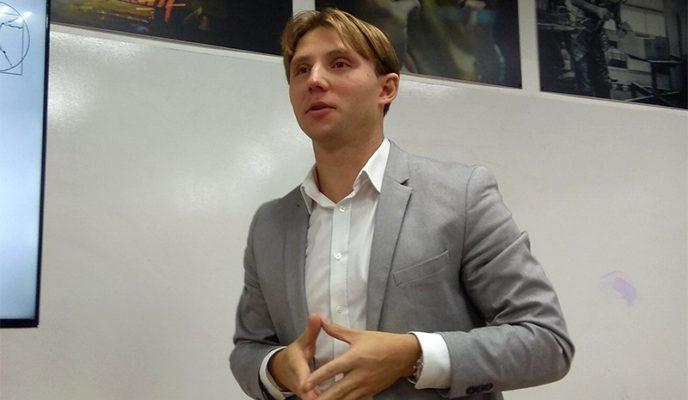 Руководитель ИЦ «Робоправо» Андрей Незнамов