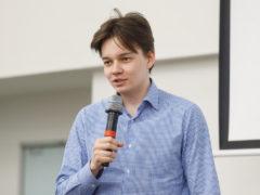 руководитель службы разработки Яндекс.Поиска Алексей Шаграев