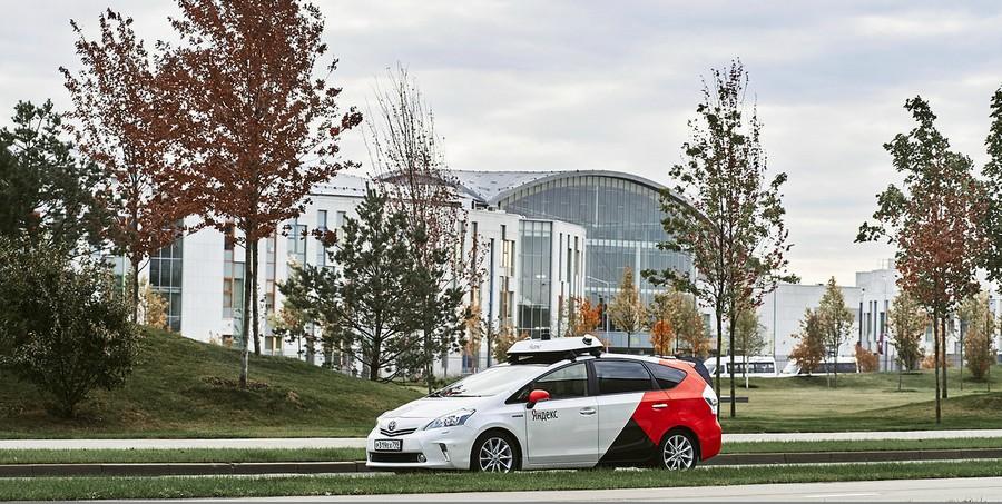 В Госдуме рассматривается законопроект об испытаниях беспилотного автотранспорта