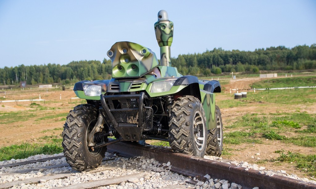 робот «Трал Патруль 5» компании «СМП Роботикс»