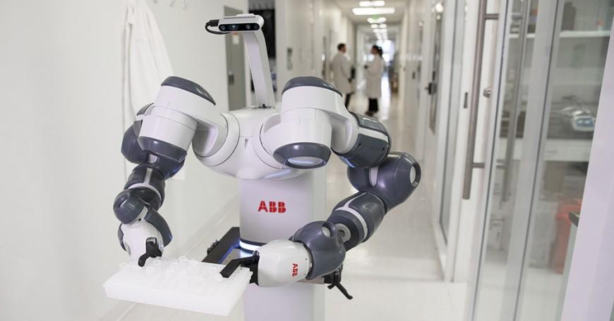 ABB представила концепцию мобильного робота YuMi