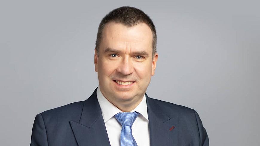 Dentons Виктор Наумов