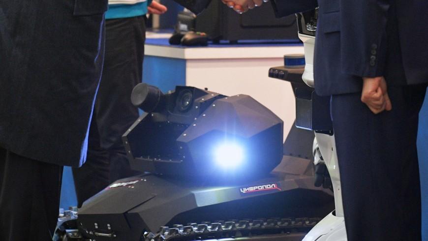 «Промобот» представил робота-полицейского «Скорпион» для задержания преступников