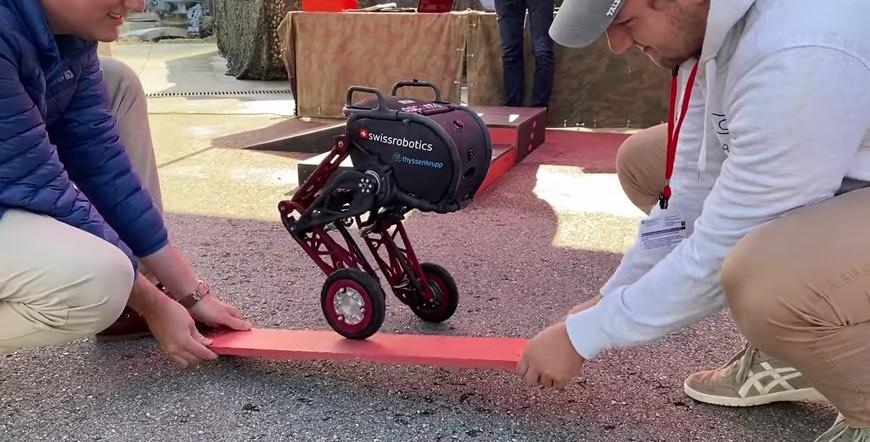 Двухколесный прыгающий робот «Acento 2»