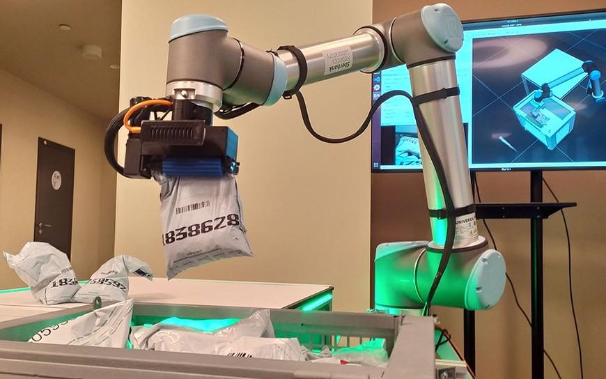 Coinbot совместный проект Лаборатории робототехники Сбер и Microsoft Research