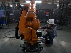 Завод роботов 1